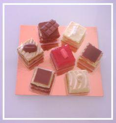 Little pretty cakes by Pasquale Marigliano at Eccellenze Campane, Naples Italy;-) #eccellenzecampane #naples #italiantaste #gourmet