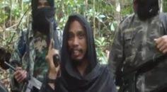 Polda Sulteng Ringkus Tujuh Terduga Teroris Jaringan Santoso : Aparat Kepolisian Daerah Sulawesi Tengah telah meringkus tujuh orang yang diduga anggota jaringan teroris Santoso di tempat persembuyian mereka di Desa Tayawa Kabupate