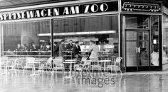 Speisewagen am Zoo am Bahnhof Zoo in Berlin, 1964