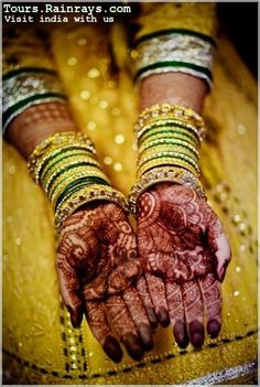 makeup :traditional and natural henna(mehandi) beauty recipe India. visit India with us