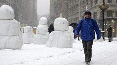 Muñecos de nieve en #Nueva York  Snowmen in #New York