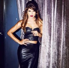 I'm written off every two years - Priyanka Chopra  Priyanka Chopra talks about her upcoming movie Mary Kom, rumours, her family, her 'competition' Deepika Padukone and much more...  http://toi.in/y4uzqb