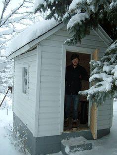 How to turn a shed into a sauna