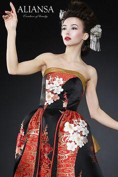 和ドレス・ウェディングドレスレンタルのアリアンサ 着物ドレス・打掛ドレス・カラードレス・コンテストドレスのオーダーメイド、レンタル・ドレス制作、販売 Kimono Dress, Dress Up, Japanese Wedding, Asian Clothes, Strapless Dress Formal, Formal Dresses, Character Design Inspiration, Wedding Gowns, Oriental