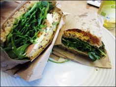 Glutenfri sandwich og smoothies på Urtehuset.dk