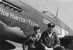 Aces of the 355th FG, Capt. Henry Brown (14 kills) & LtCol. Claiborne Kinnard (8 kills) in front of Brown's P-51B
