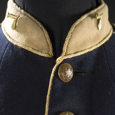 7th Cavalry Model 1872 Enlisted Man's Dress Jacket, - Cowan's Auctions American Indian Wars, American War, Custer Battlefield, Civil War Heroes, George Custer, Battle Of Little Bighorn, George Armstrong, Plains Indians, Military Uniforms