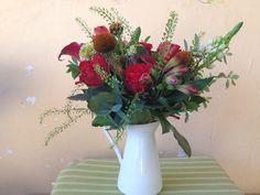Bouquet with toro roses, mini calla, ornitogallo, scabiosa In the garden  #bouquet #tororoses #ornitogallo