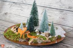 Ein zauberhafter Weihnachtsteller der zum träumen verführt, eine haltbare Winterlandschaft mit zwei Rehlein im Wald. Inklusive LED MICRO Lichterkette mit Timerfunktion+Beschreibung. BATTERIEN...