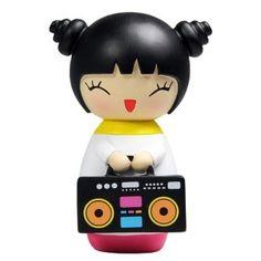 Party Girl, la petite poupée à message Love Mimiji qui aime faire la fête