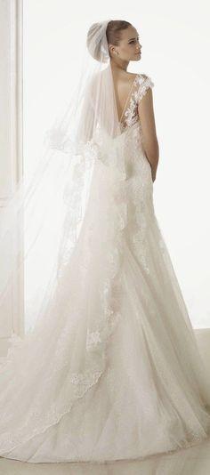 Sheath Wedding Dress : Pronovias 2015 Bridal