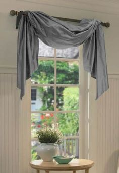 21 Amazing Curtain Window Ideas to Bring Style to the Room Don't know what kind of curtain window to use? Worry not. We have gathered modern bay window curtain ideas to help you decide what kind of curtain you should use. Bedroom Curtains With Blinds, Valences For Windows, Swag Curtains, Rustic Curtains, Curtains Living, Living Room Windows, Hanging Curtains, Burlap Valance, Scarf Valance