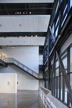 Gallery of Hardesty Arts Center / Selser Schaefer Architects - 5