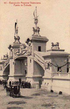 1.909 Puerta de Entrada de la Exposición Regional Valenciana, en su parte…