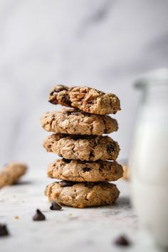 Peanut Butter Oatmeal Cookies – Delight Fuel Healthy Cookie Recipes, Healthy Cookies, Vegetarian Recipes, Oatmeal Cookies, Chocolate Chip Cookies, Cookie Fit, Delicious Desserts, Dessert Recipes, Peanut Butter Oatmeal