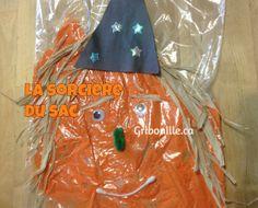 La sorcière du sac - Bricolage d'Halloween pour enfants. Paper Shopping Bag, Kid Halloween, Bag