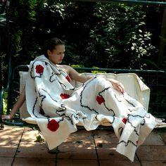 Wool Felted blanket   White Blanket Red Flowers www.majorlaura.etsy.com