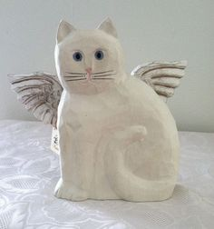 James Haddon Handcarved Hand Painted Angel Cat w/ Wings Wood Off White 7.5 x 8.5