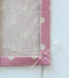 Make your own linen napkins from polka dot cotton linen blend. Add some crocheted lace trim and a decorative patch to finish them off. Easy to sew tutorial.
