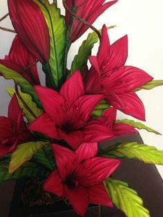 Multiflores - galeria de fotos -       MULTIFLORES - Cursos de Flores en goma eva Flower Crafts, Paper Flowers, Rose, Plants, Diy, Turtles, How To Make Crafts, Soap Packaging, Flower Pens