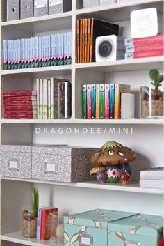Modern Miniatures by Dragondee