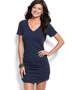 Tommy Bahama - Knit V-Neck T-Shirt Dress