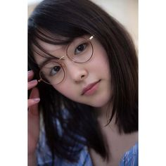 The ultimate asian beauty trick 9 « The Beauty Products Cute Asian Girls, Cute Girls, Dreads Short Hair, Asian Glasses, Medium Hair Styles, Short Hair Styles, Prety Girl, Actrices Hollywood, Japan Girl