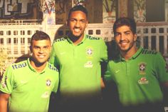 """"""" Lucas Silva with Cruzeiro and Brazil Olympic NT teammates Alisson and Wallace 