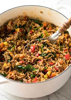 Beef And Rice With Veggies. A quick, fabulous midweek meal - this ground Beef and Rice is made by browning ground beef, then cooking it with flavoured rice and loads of veggies. Diced Beef Recipes, Ground Beef Recipes, Meat Recipes, Dinner Recipes, Cooking Recipes, Healthy Recipes, Healthy Rice, Delicious Recipes, Free Recipes