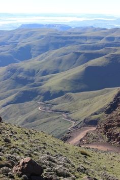 Sani Pass Lesotho: The country in Africa you probably haven't heard of via The World on my Necklace Time To Leave, Day Hike, Africa Travel, Solo Travel, Continents, Where To Go, Cool Places To Visit, Beautiful Landscapes, South Africa
