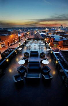 10 Restaurants With Incredible Rooftop Dining In Missouri
