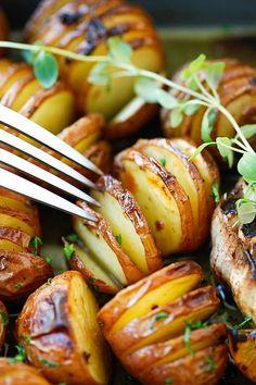 Garlic Herb Roasted Potatoes  #Cowgirl #Recipes #CowgirlRecipes   http://www.islandcowgirl.com