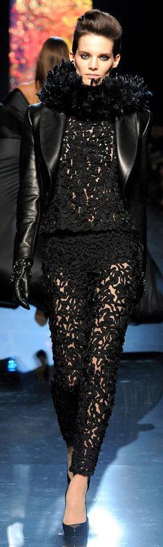 Jean Paul Gaultier - Fall 2012-13 RTW ✜  http://www.vogue.com/collections/fall-2012-rtw/jean-paul-gaultier/runway/#/collection/runway/fall-2012-rtw/jean-paul-gaultier/54