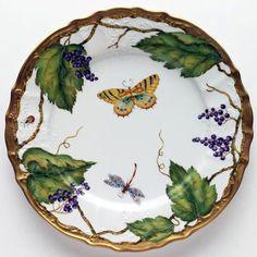 Wildberries Lavender Dinnerware by Anna Weatherley | Gracious Style
