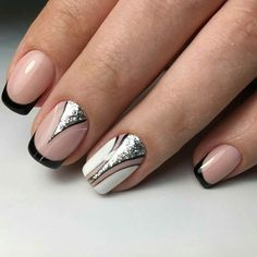 : Must Try Gorgeous Nail Designs - graphic nails Fabulous Nails, Gorgeous Nails, Pretty Nails, French Nails, How To Do Nails, My Nails, Color Block Nails, Chic Nails, Manicure Y Pedicure