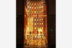 東京銀座資生堂ビル 2012年8月 ショーウインドー2
