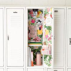 Middle School Lockers, Middle School Supplies, Middle School Hacks, Middle School Outfits, Life Hacks For School, School Ideas, Cute Locker Decorations, Cute Locker Ideas, Locker Shelves