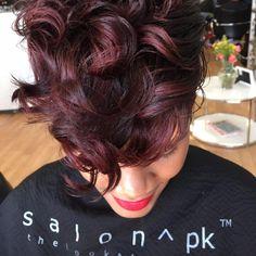 Beautiful @pekelariley  Read the article here - http://blackhairinformation.com/hairstyle-gallery/beautiful-pekelariley/