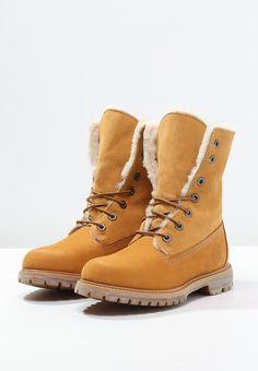 40c3307b39a De 25 beste bildene for sko | Over the knee boots, Women's Sneakers ...