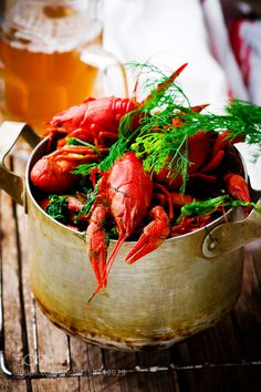 Pic: boiled crayfish with dill in a vintage metal pan