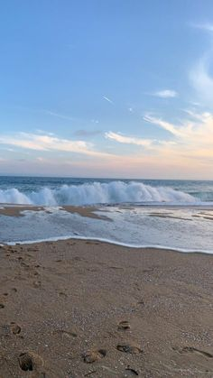 Beach Aesthetic, Nature Aesthetic, Beautiful World, Beautiful Places, Pretty Sky, Beach Wallpaper, Summer Dream, Beach Pictures, Summer Vibes