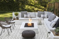View the portfolio of interior designer Jute in San Francisco, California Backyard Seating, Backyard Patio Designs, Outdoor Seating Areas, Outdoor Rooms, Backyard Projects, Fire Pit And Seating Area, Seating Area In Garden, My Patio Design, Outdoor Living Patios