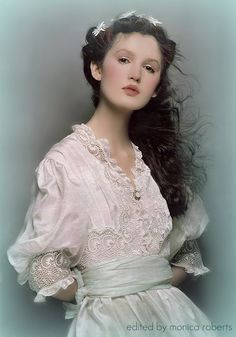 Not quite Regency, but oh so romantic. From early Marie-Claire France magazine, featuring antique clothing and jewelry.