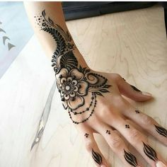 "3,116 Likes, 12 Comments - MizNehaa Henna Artist Ⓜ (@hennabymiznehaa) on Instagram: ""Follow @hennabymiznehaa for more  Gorgeousness  @mehndikajoeyhenna…"""