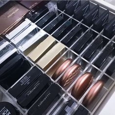 Unique and gorgeous acrylic drawer organizer. This will fit it most vanity drawe