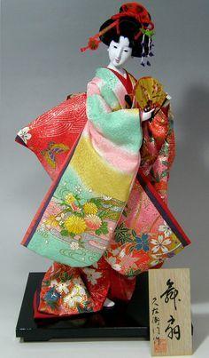 日本人形 『舞い扇』