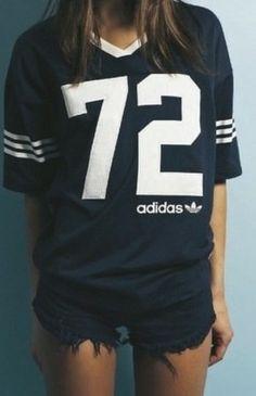 72 Vintage Adidas boyfriend t # navy blue GG's tiny times