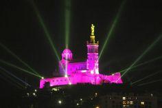 Notre Dame de La Garde illuminée pour le lancement de Marseille 2013, capitale européenne de la culture. L'ouverture des magasins du centre-...