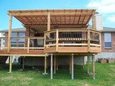 Pergola & Raised Deck - would love to do this off the back of our house....