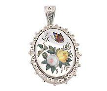 Friendship Abides: Victorian Flower Locket Pendant